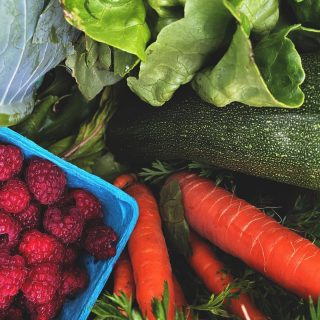 Whatcha cooking up this weekend? Share your recipes below! ⬇️   Have your ordered for week 4? Visit cityfresh.org to get started today. 🍓  #cityfresh #csa #eatlocal #shoplocal